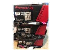 2x PIONEER CDJ-2000 Nexus + 1x DJM-2000 Nexus DJ